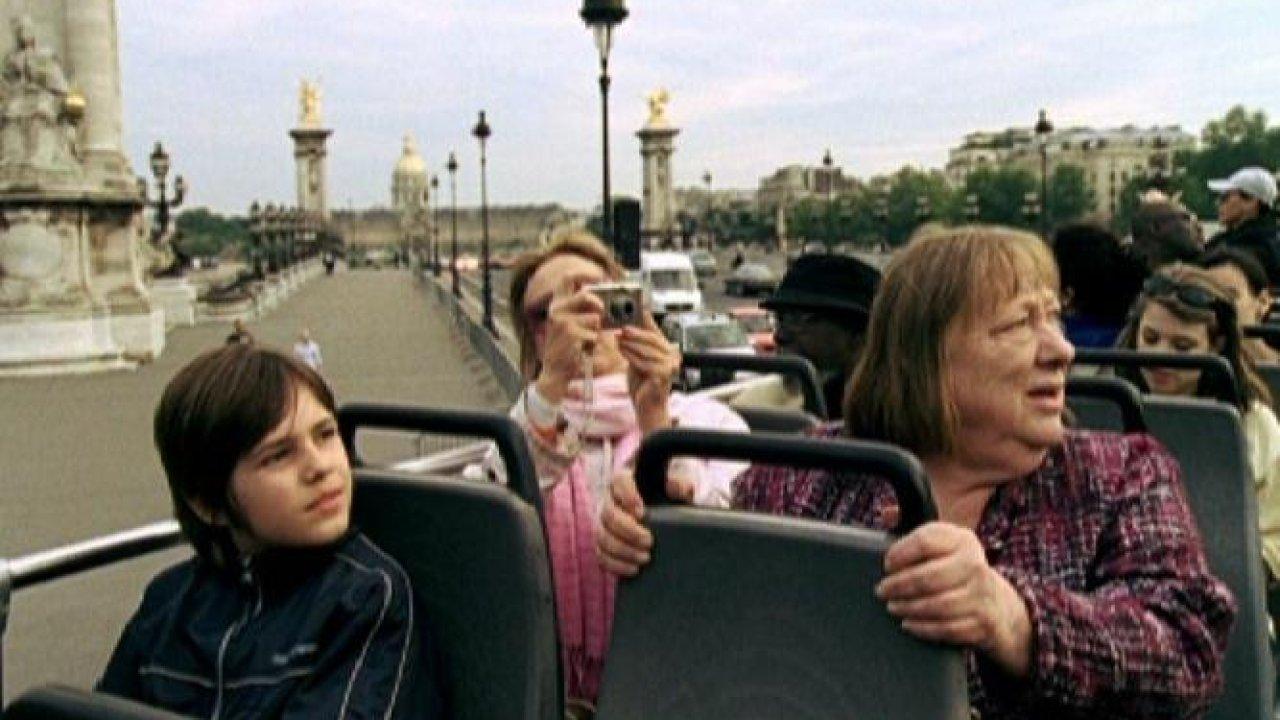 Прогулка по Парижу - Мелодрама, Фильм