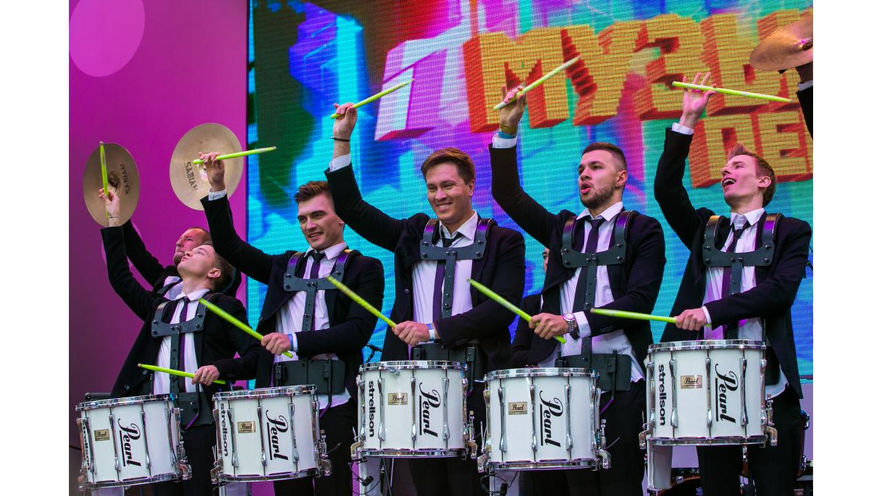 Vasiliev Groove и Глеб Кудрявцев / Звёзды «Музыки Первого» поздравили Москву с Днём города