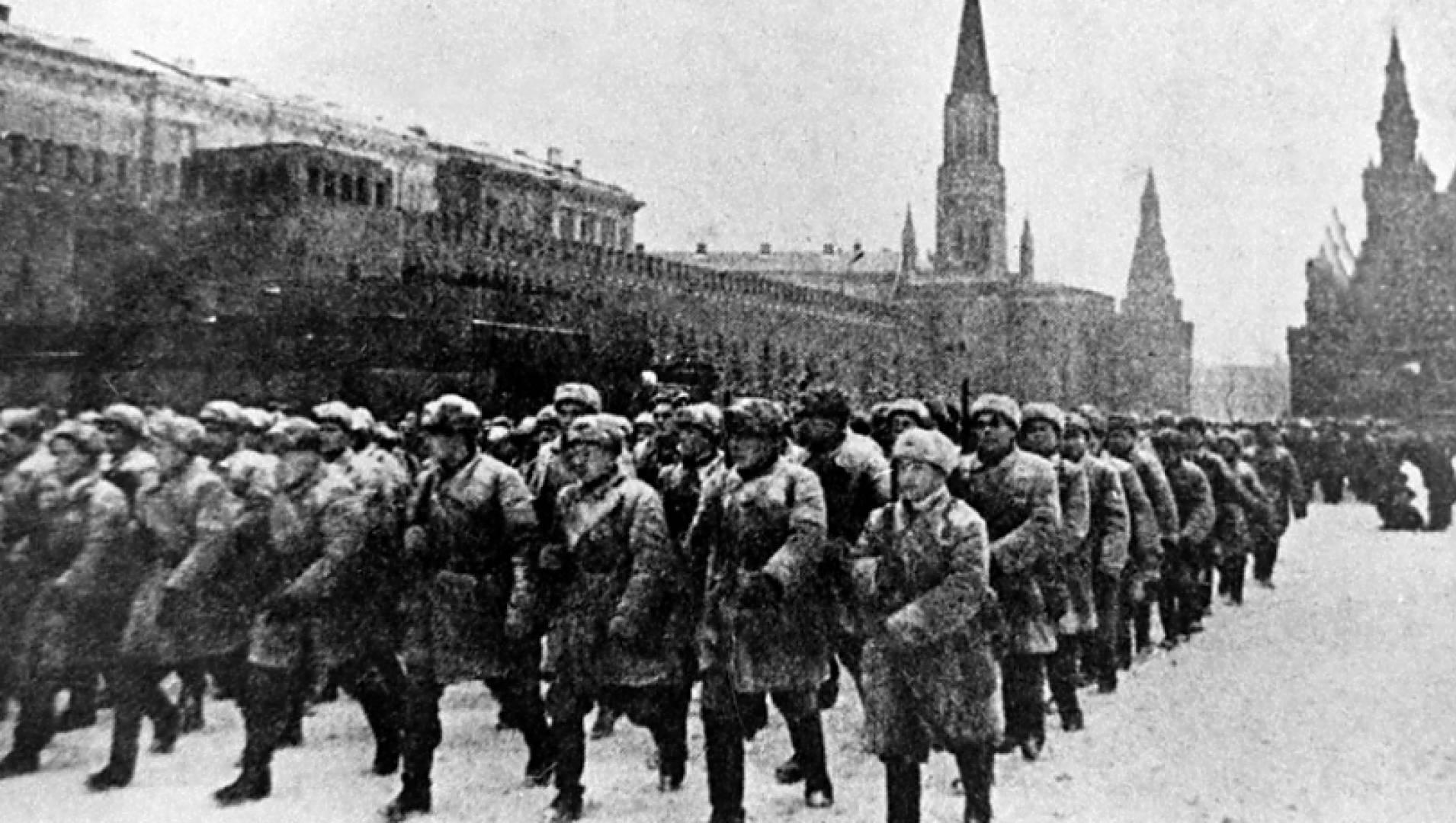 Парад 1941 года на Красной площади - Документальный фильм
