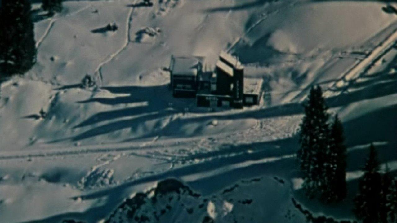 Отель «У погибшего альпиниста» - Фантастика, Детектив, Фильм