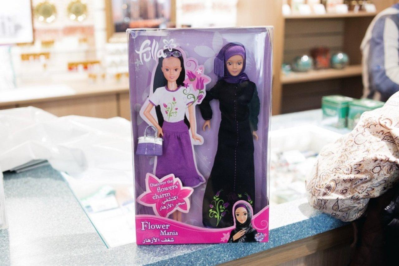Куклы Folla в сувенирном магазине во дворе мечети. Фото: Александра Карелина