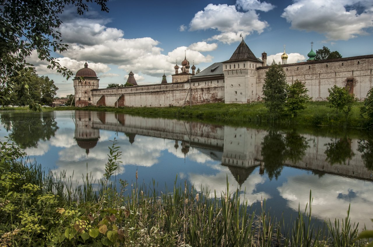 Борисоглебский монастырь, расположенный в получасе езды от Ростова Великого. Фото: Efremova Natalia / Shutterstock