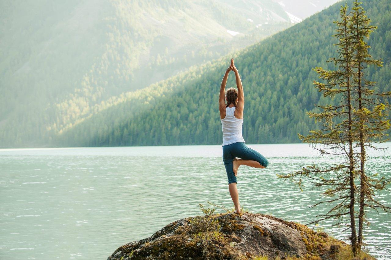 Зарядиться энергией гор можно во время путешествия по Чуйскому тракту. Фото: My Good Images / Shutterstock