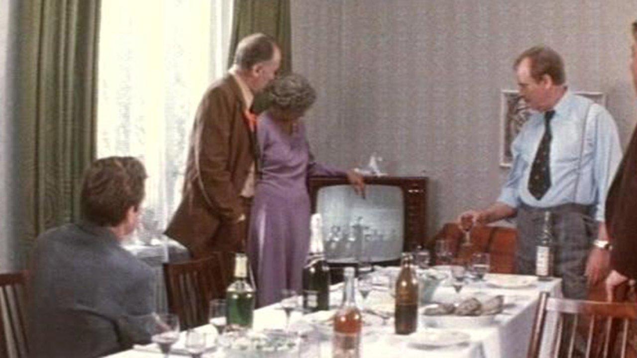 В день праздника - Мелодрама, Фильм