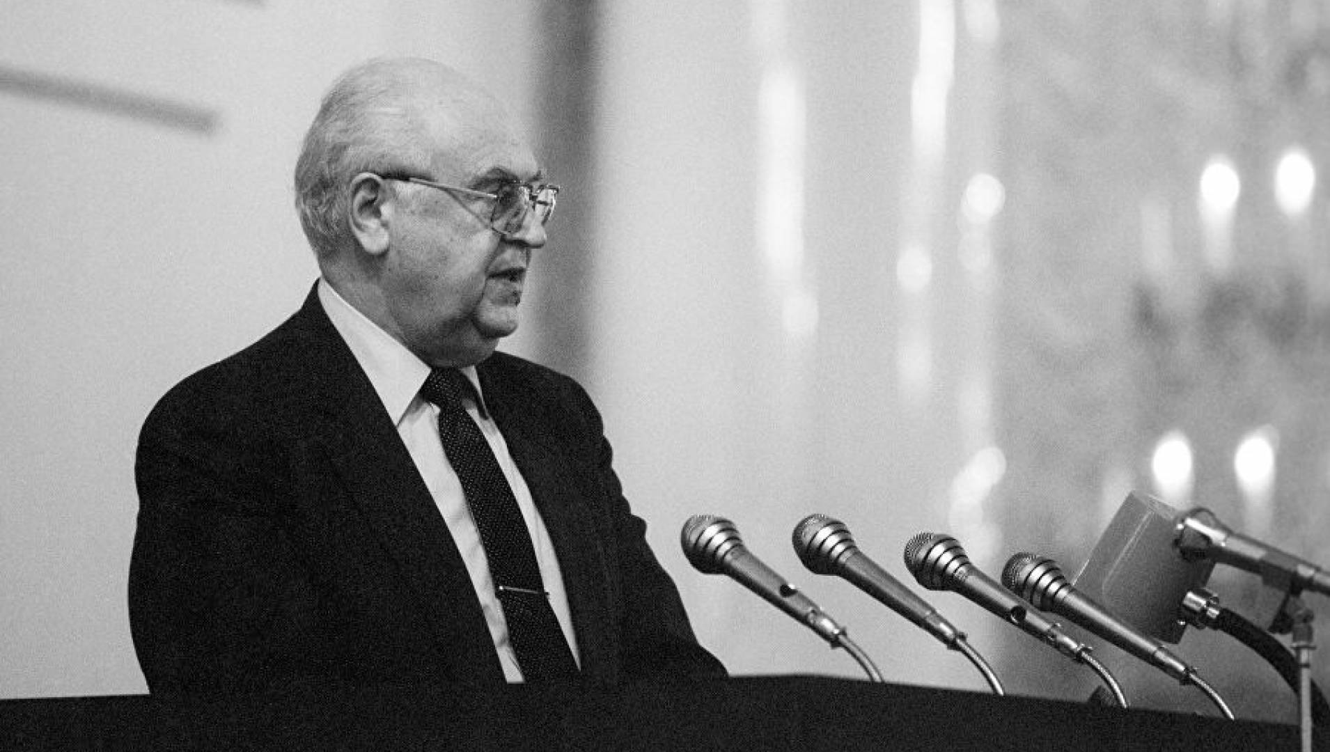 Анатолий Добрынин. Самый главный посол - Документальный фильм