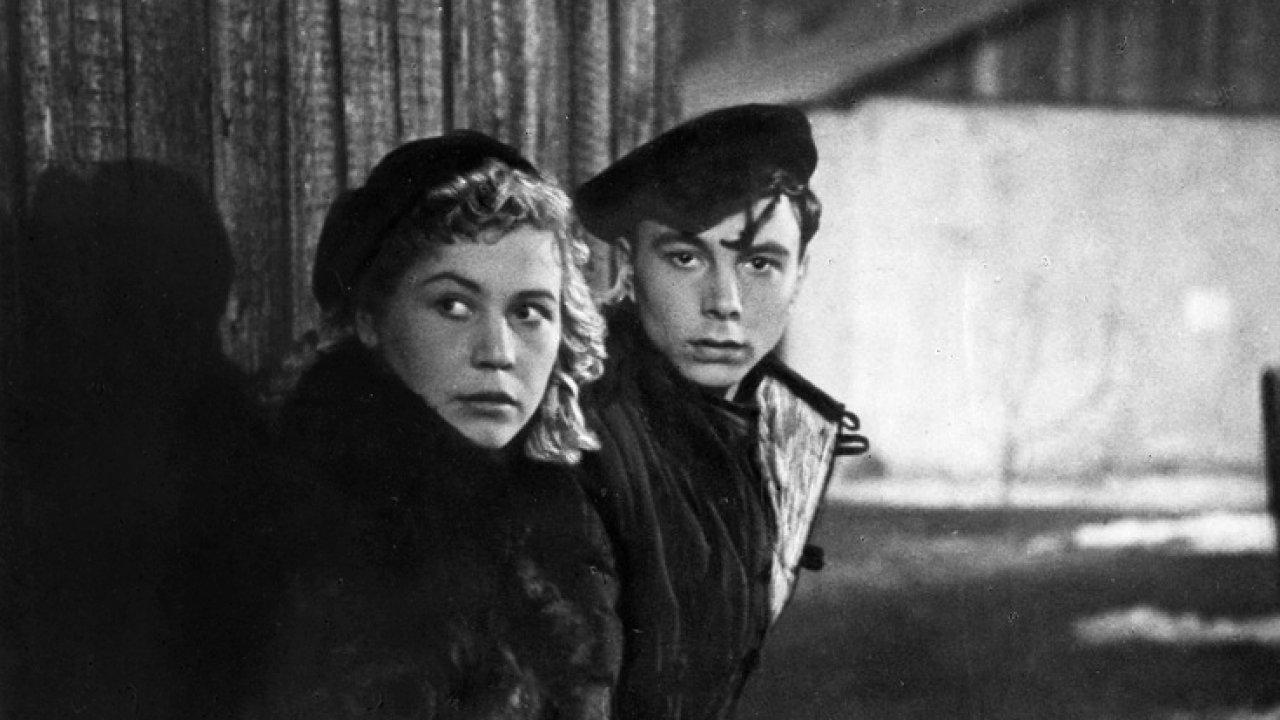 Молодая гвардия - Драма, Военный, Фильм