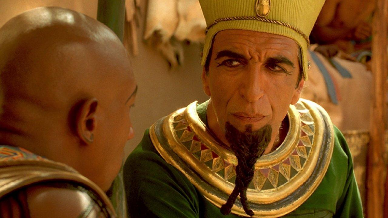 Астерикс и Обеликс: Миссия «Клеопатра» - Приключения, Комедия, Фильм